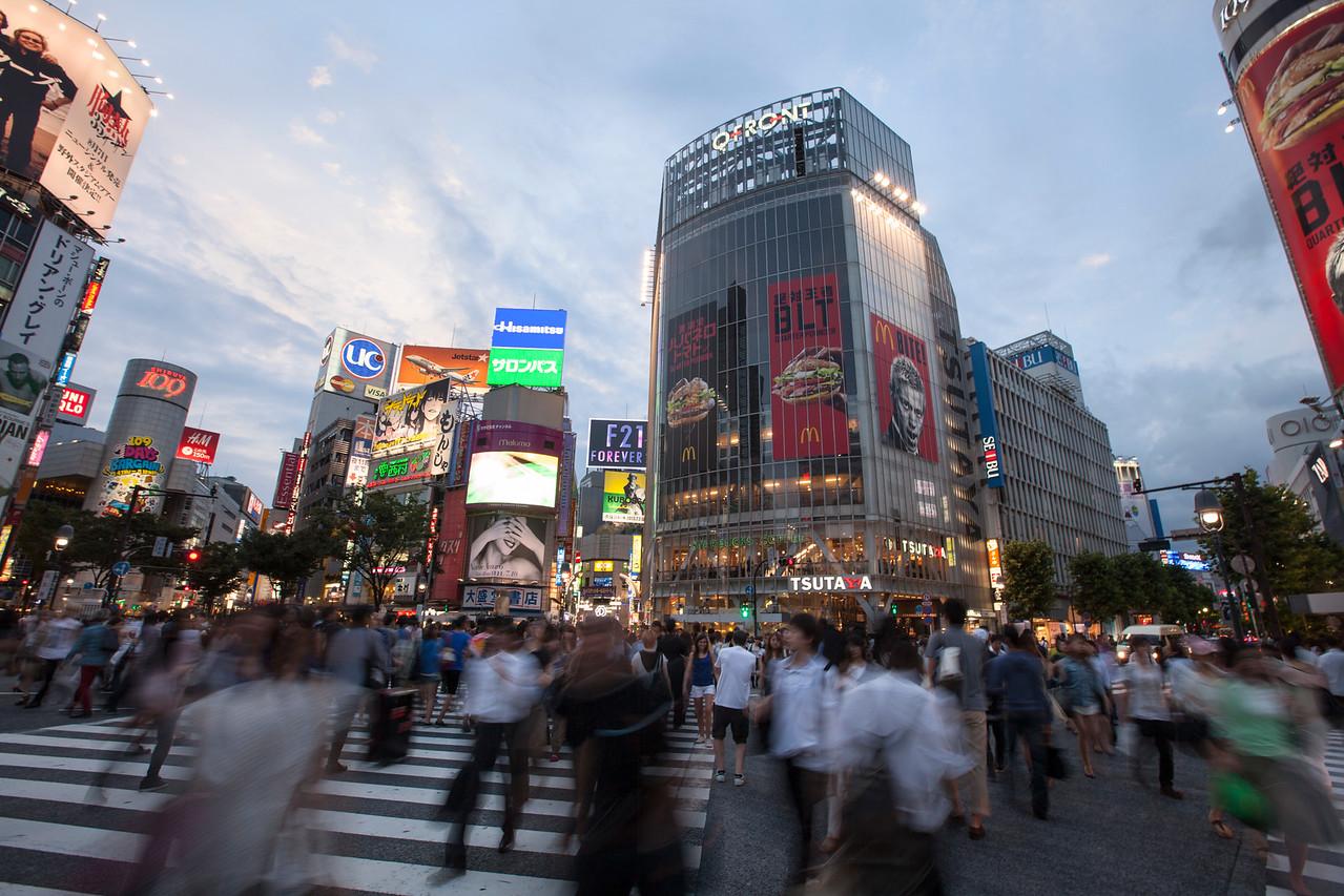IMAGE: https://hkdave.smugmug.com/Places/Asia/Japan/i-v5dZgqf/2/X2/IMG_4252B-X2.jpg