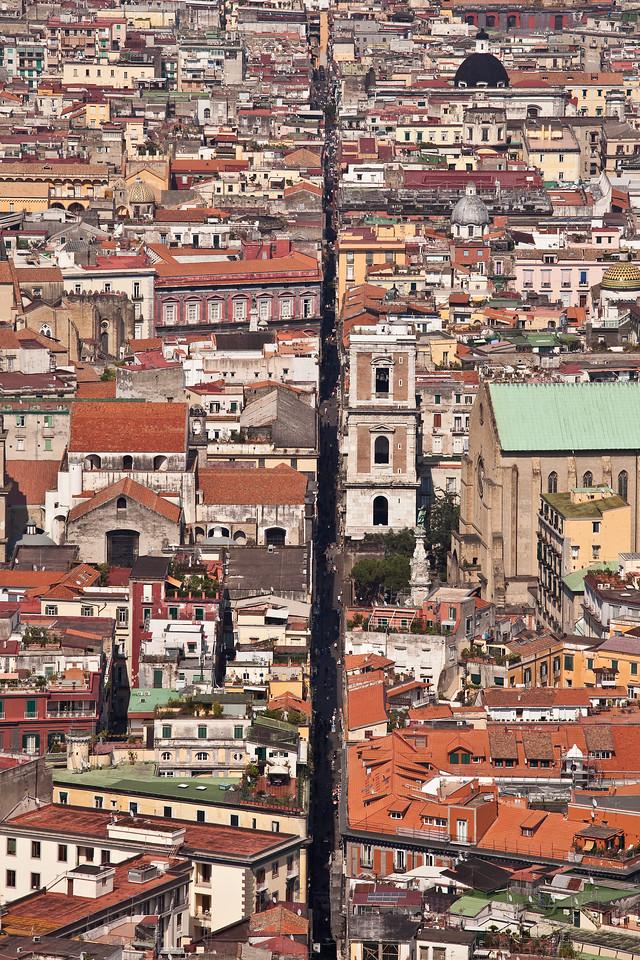 IMAGE: https://hkdave.smugmug.com/Places/Europe/Italy/Napoli-2014/i-S9V9jJF/0/X2/IMG_0867A-X2.jpg
