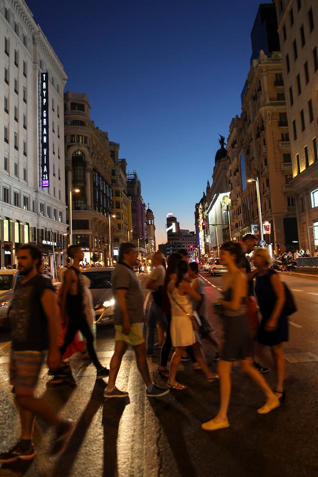 IMAGE: https://hkdave.smugmug.com/Places/Europe/Spain/Madrid/i-CXz9zkC/0/X2/IMG_9749A-X2.jpg